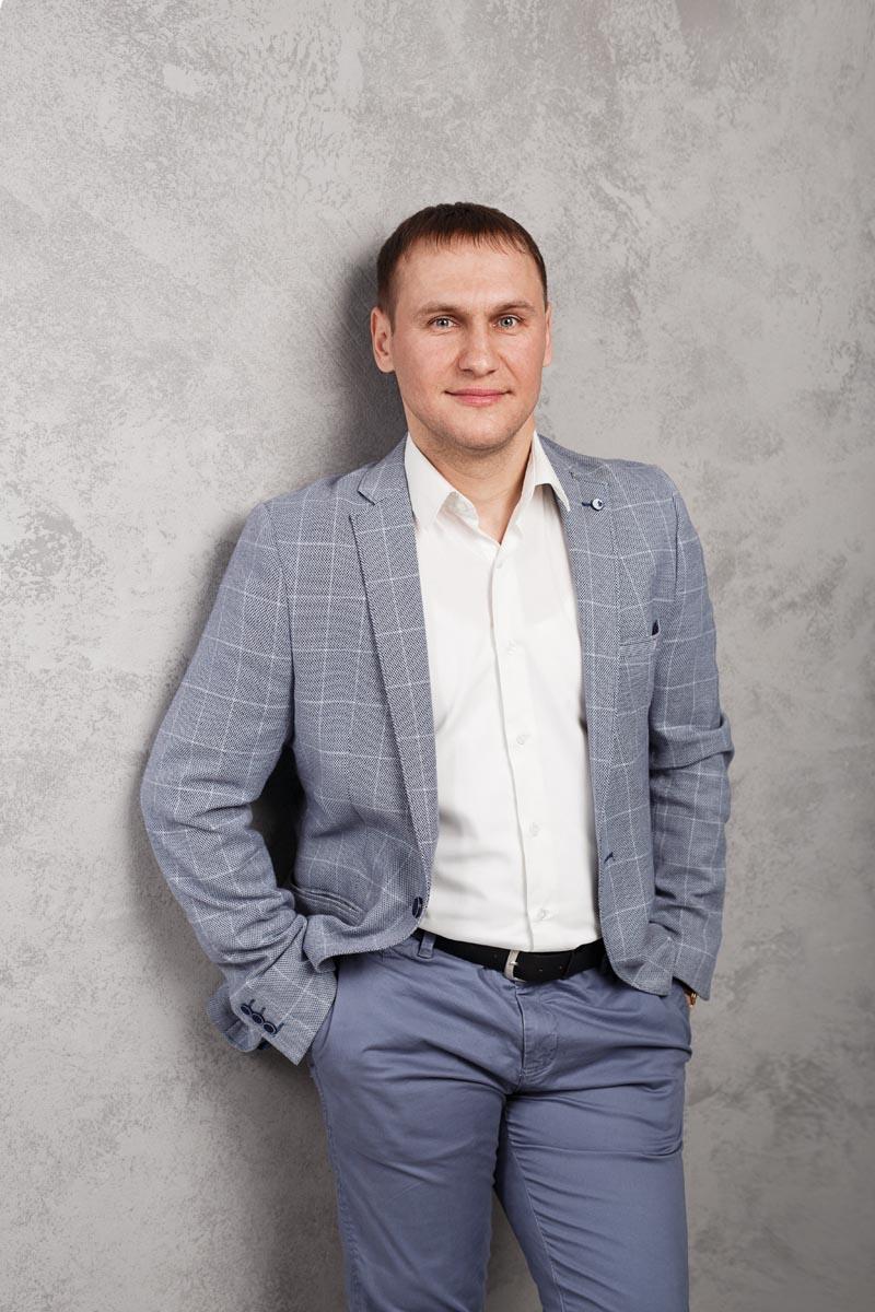 Игорь Карагяур